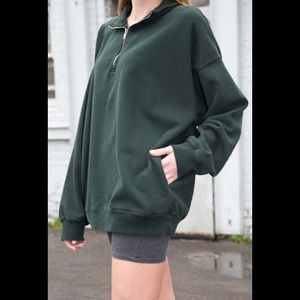 Brandy Melville forest green missy sweatshirt